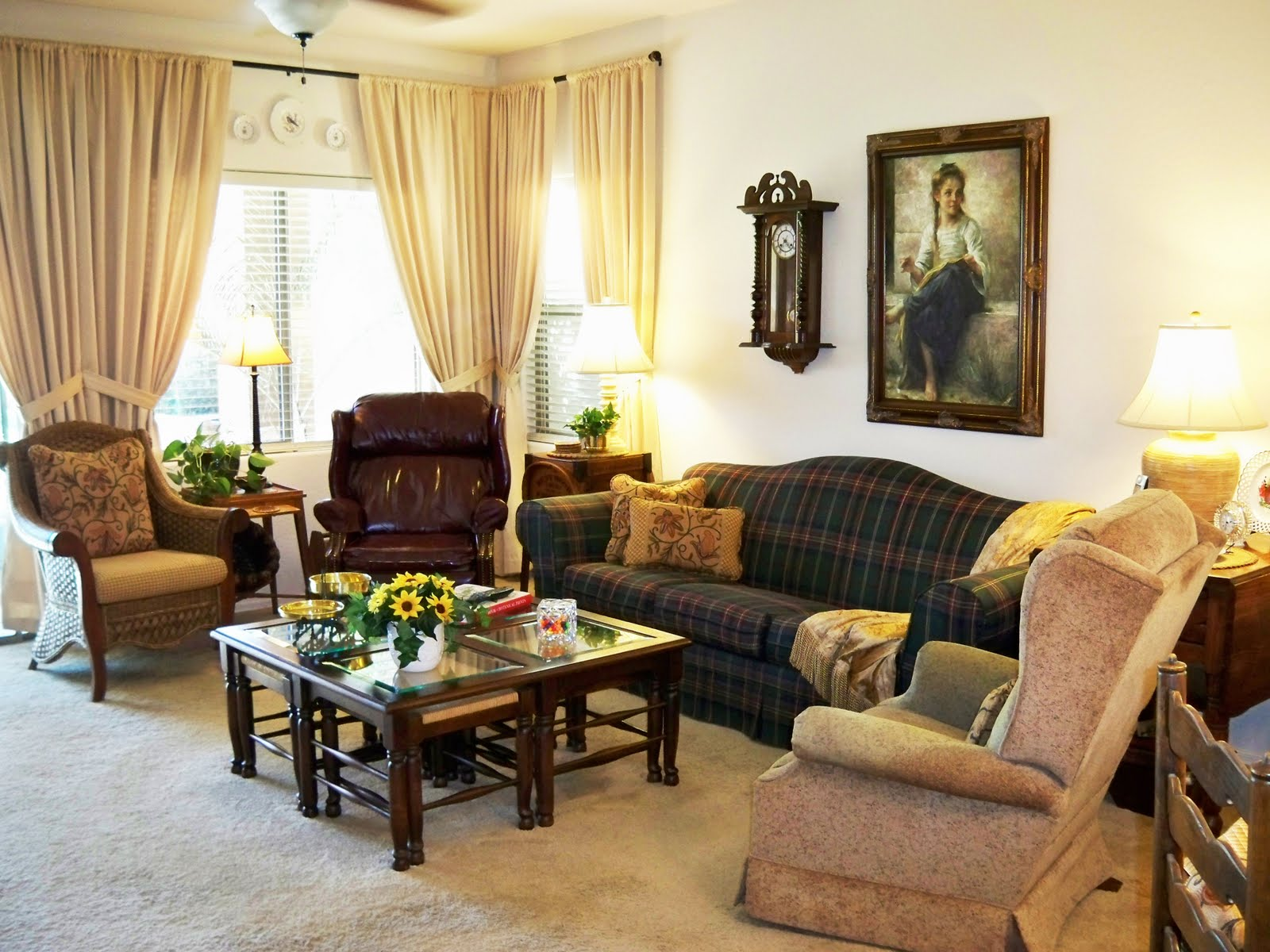 A stroll thru life ideas for changing the family room for Family in the living room