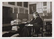 Stein writing 1920