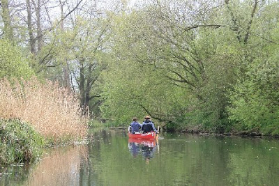 Norfolk Broads B&B Canoe Trail - With Winter now upon us the thought of going on expedition sends shivers through my bones. That was until I heard about a new canoe holiday company down in Norfolk. Their aim is to make canoeing expeditions as comfy, warm and luxurious as possible. - TheCanoeMan, Canoeing & Kayaking in the Norfolk Broads National Park, England, UK