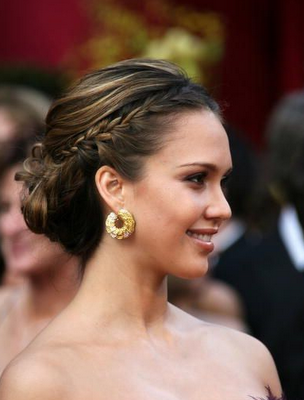 jessica alba short hair 2011. jessica alba short hair 2010.