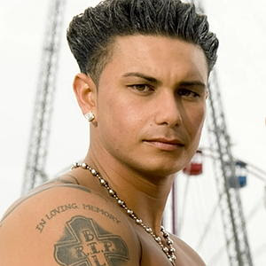 Pauly Delvecchio Life,How Old Is Pauly D,Pauly Shore,DJ Pauly D,bPauly Shore Biography