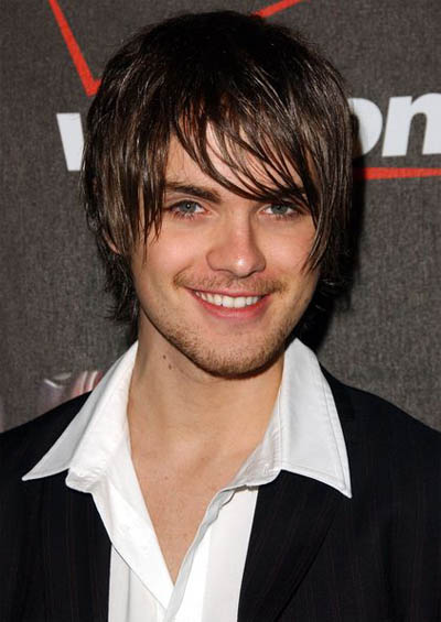 medium length emo hair. hairstyle for medium length