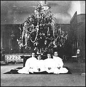 Romanov Children at Christmas