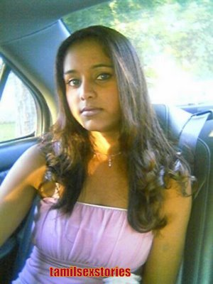 free dating sex: Tamil Mallu Aunties Cleavage Show