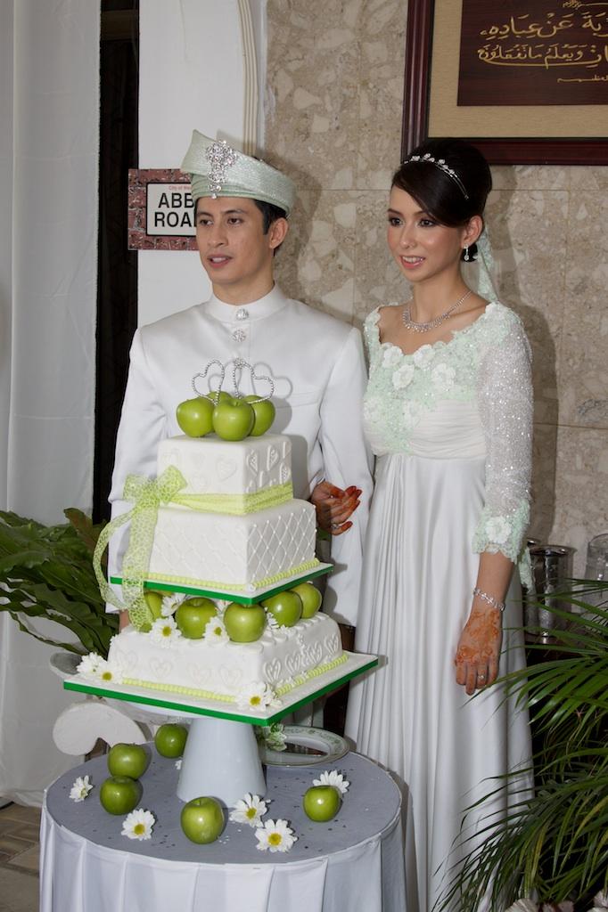 Wedding cakeGreen Apple theme