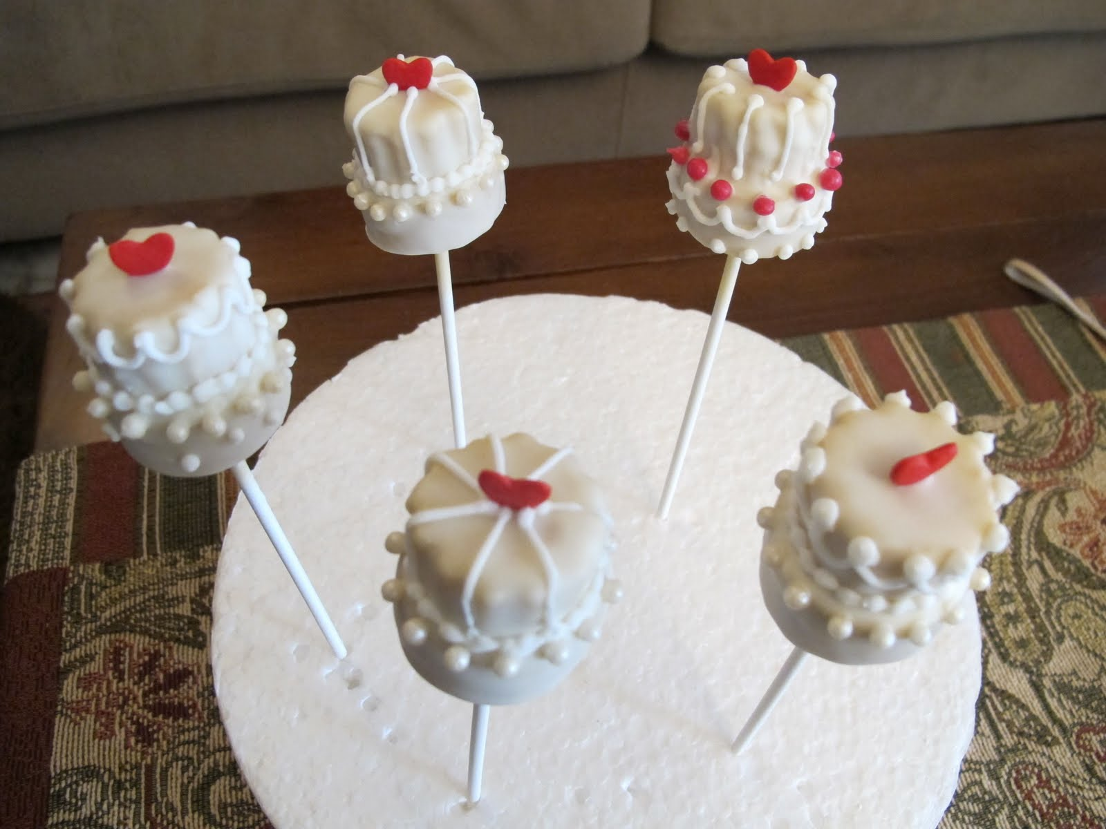 Pink Oven Cakes and Cookies Wedding cake pop