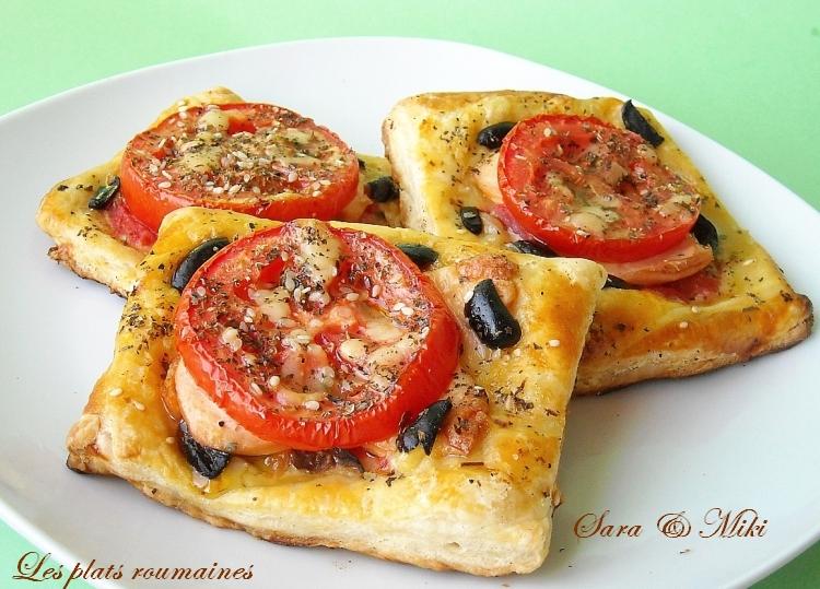 les plats roumaines tarte feuillet e avec tomates saucisse et olives. Black Bedroom Furniture Sets. Home Design Ideas