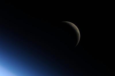 5196845631 49cc500592 b Foto Foto Stasiun Luar Angkasa NASA Terbaru 2011