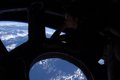 5197444646 de4012dee9 b Foto Foto Stasiun Luar Angkasa NASA Terbaru 2011