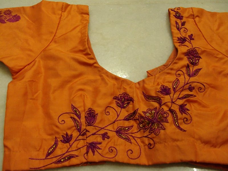 Blouse Embroidery Machine  Model Blouse Batik