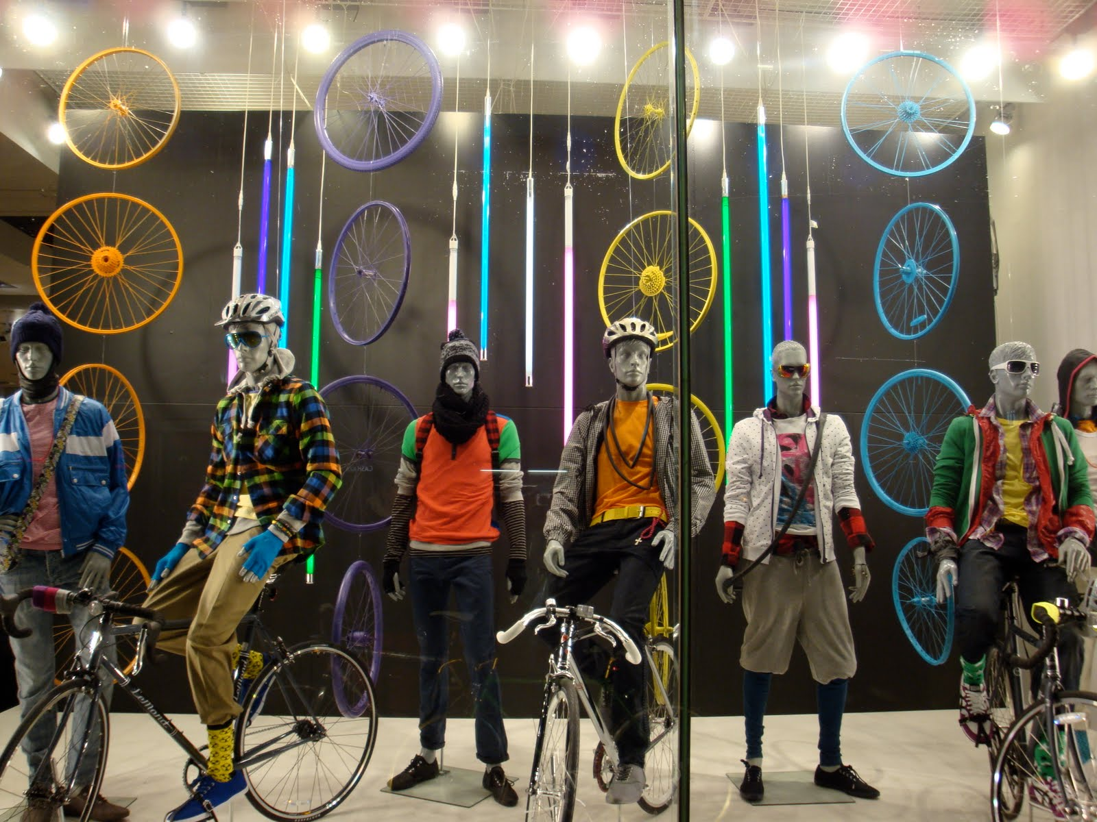 17 Best images about visual merchandising on Pinterest   Beijing ...