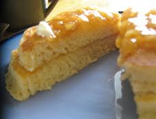 sour cream pancakes with peach jam