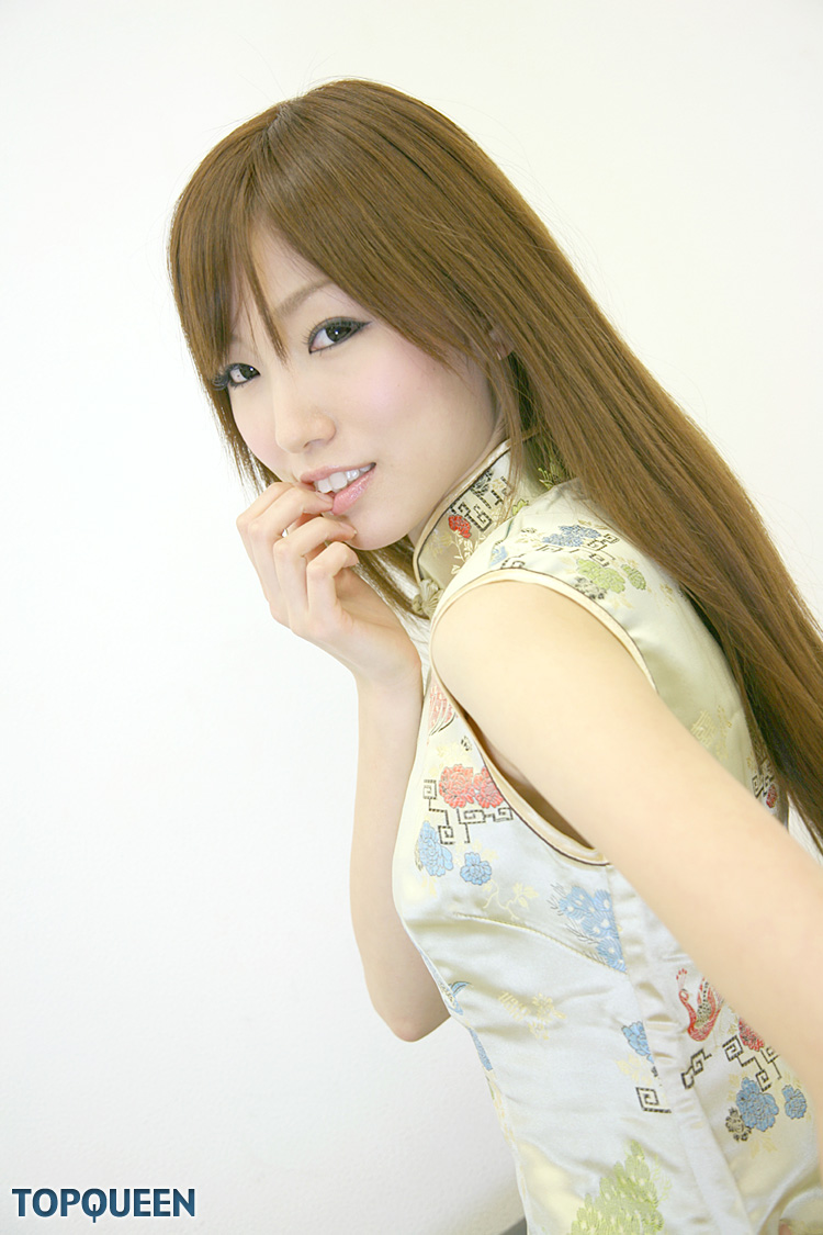 chinatsu minami japanese girl in chinese dress