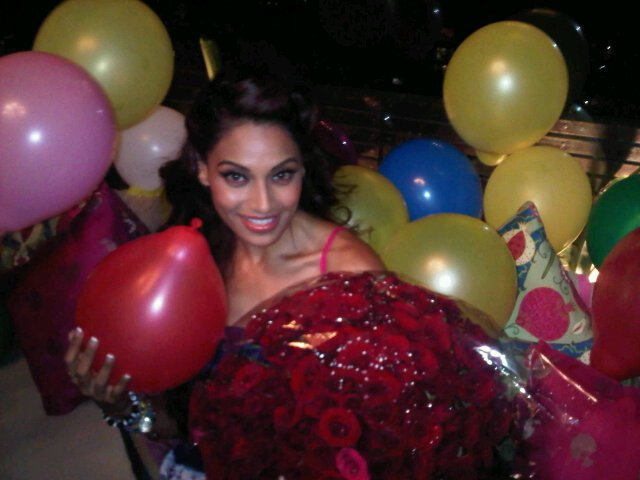 Bipasha Basu Latest Twitter Pics