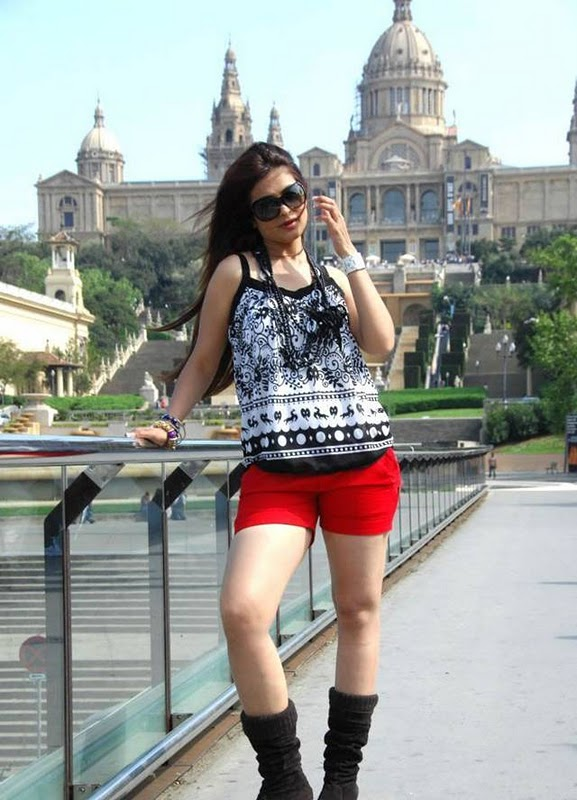 Anjana Sukhani Latest Hot Pictures cleavage