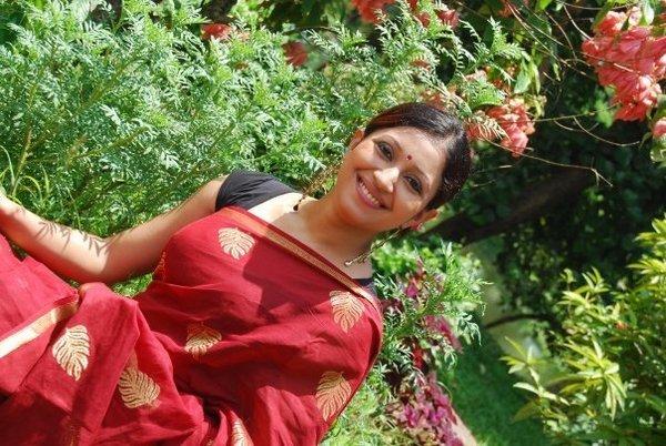Bangladeshi Cute Actress Nafiza Karim glamour images