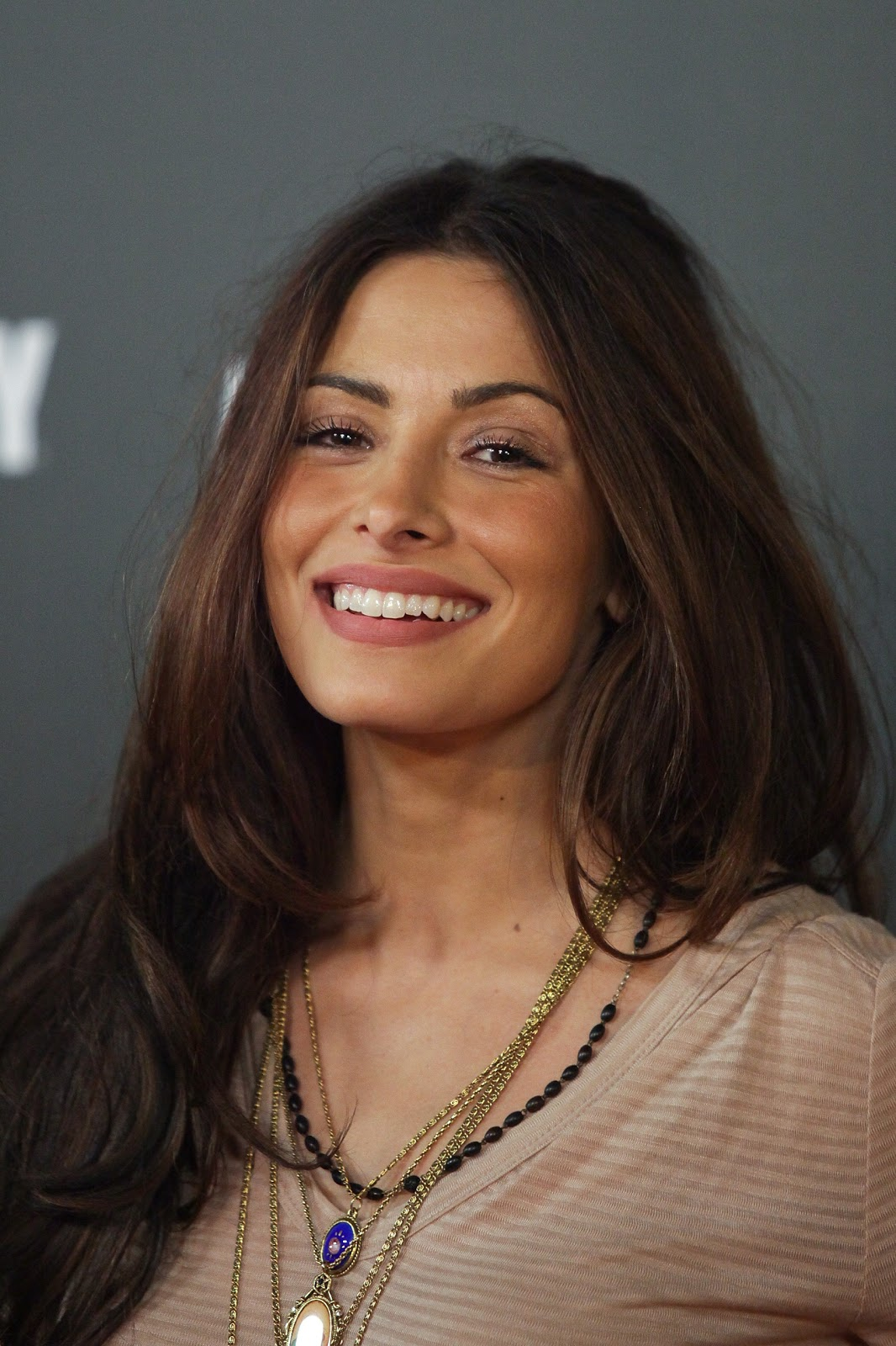 Lovely Sarah Shahi Posing At An Event Simple But The Wow Factor Is A