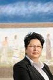 Cora Voyageur, author