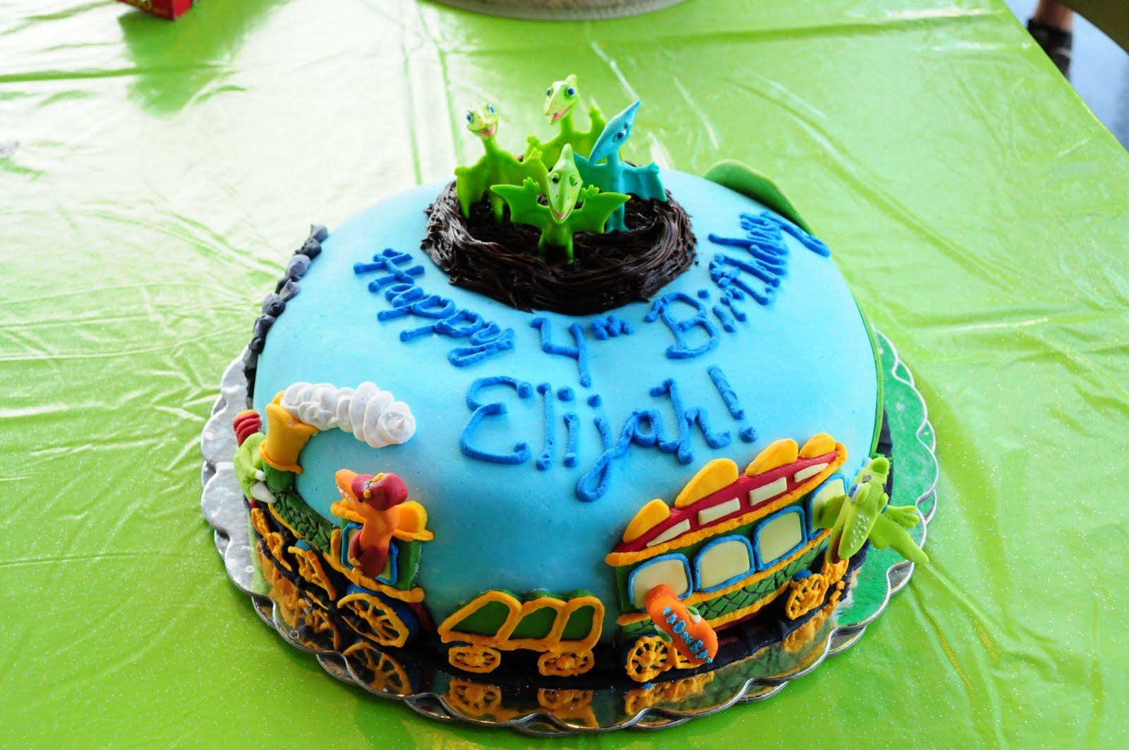 Dinosaur Train Cake Images : Cakes by Kimberly: Dinosaur Train Cake - From PBS show ...