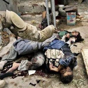 http://3.bp.blogspot.com/_qUFDMUpk9jE/S5s1x1Ta-BI/AAAAAAAAfOs/UJTAA_6XFRA/s400/Fallujah%2Bmassacre.jpg