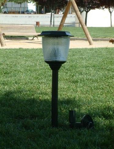 Garden center ejea accesorios jard n energ a solar for Farolas de jardin