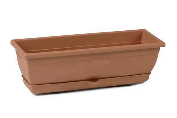 Complementos casa y jard n macetas de pl stico balconera for Casa de plastico para jardin