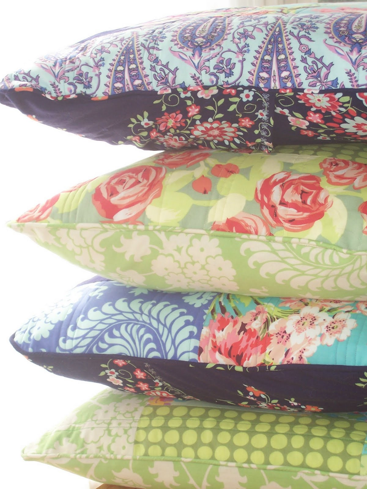 Quilted Pillow Covers Tutorial & The Pin Cushion: Quilted Pillow Covers Tutorial pillowsntoast.com