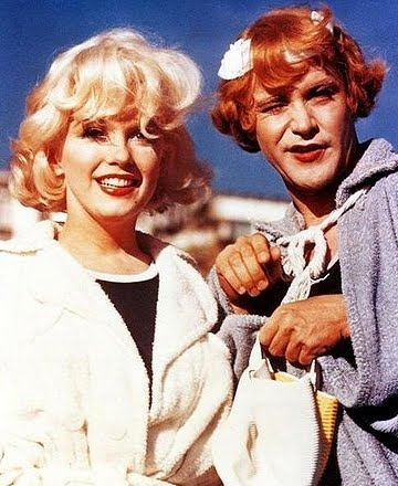 Marilyn Monroe and Jack Lemmon in Drag on Coronado beach