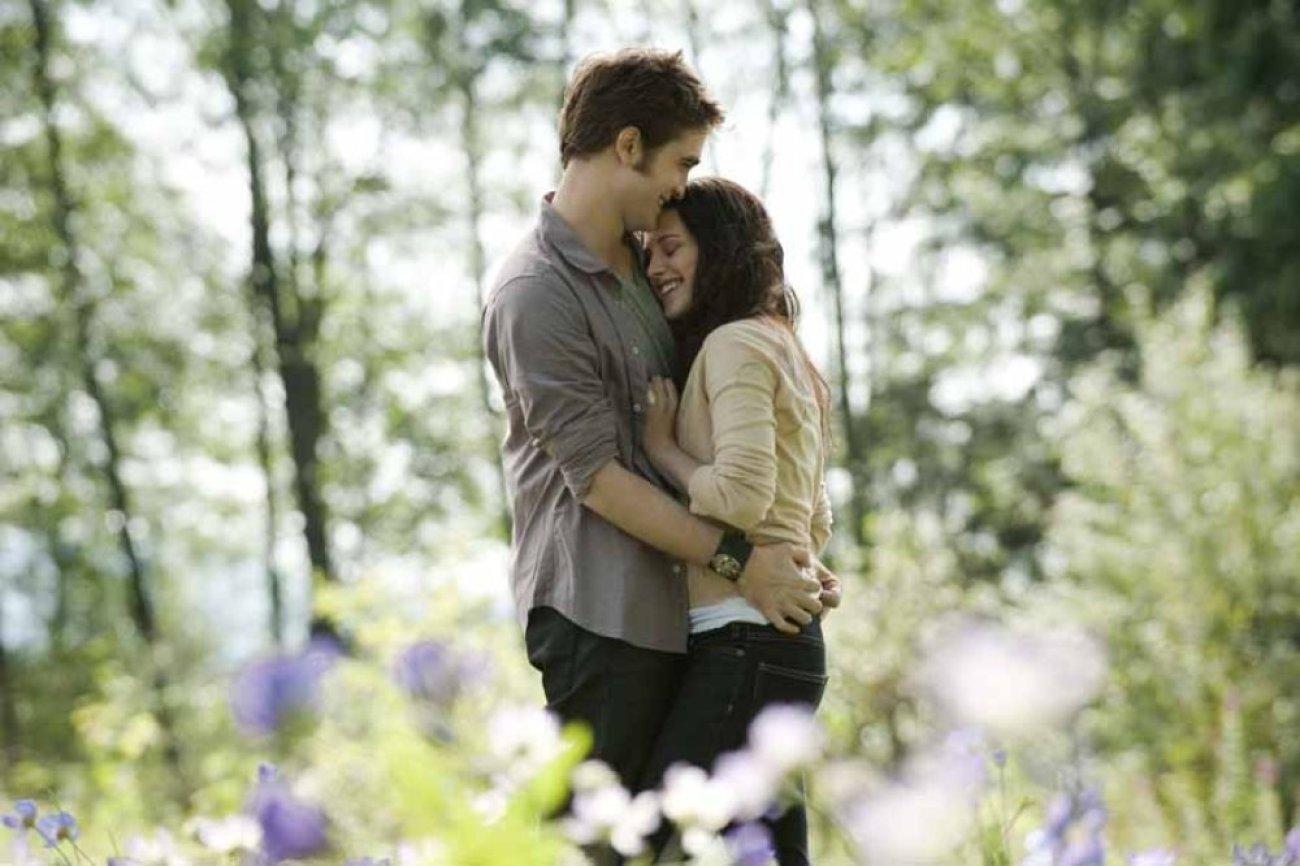 ابطال فيلم Twilight 1.jpg