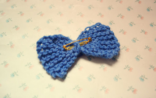 knitted, knit, blue, bow, back, brooch, pin, much love, craft, floral, wallpaper, pretty