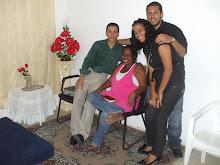 Entre amigos(Keley, Sidja e Isaac)