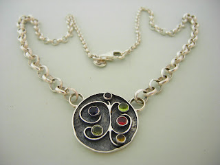 Photo of a pendant