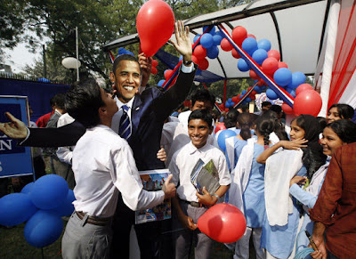 Photo of school children in India celebrating the victory of Barack Obama as US president