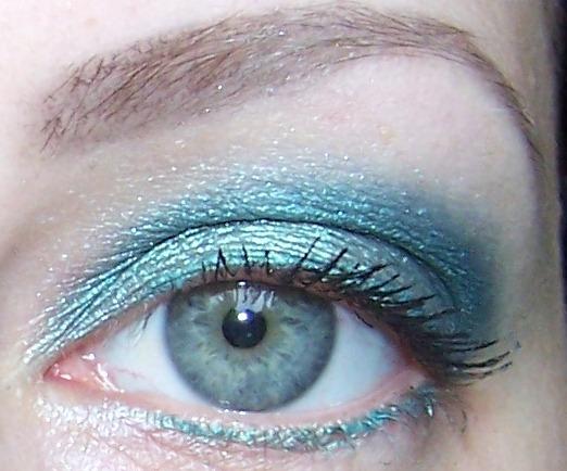 Oh My Gosh: EOTD: Azure eyes