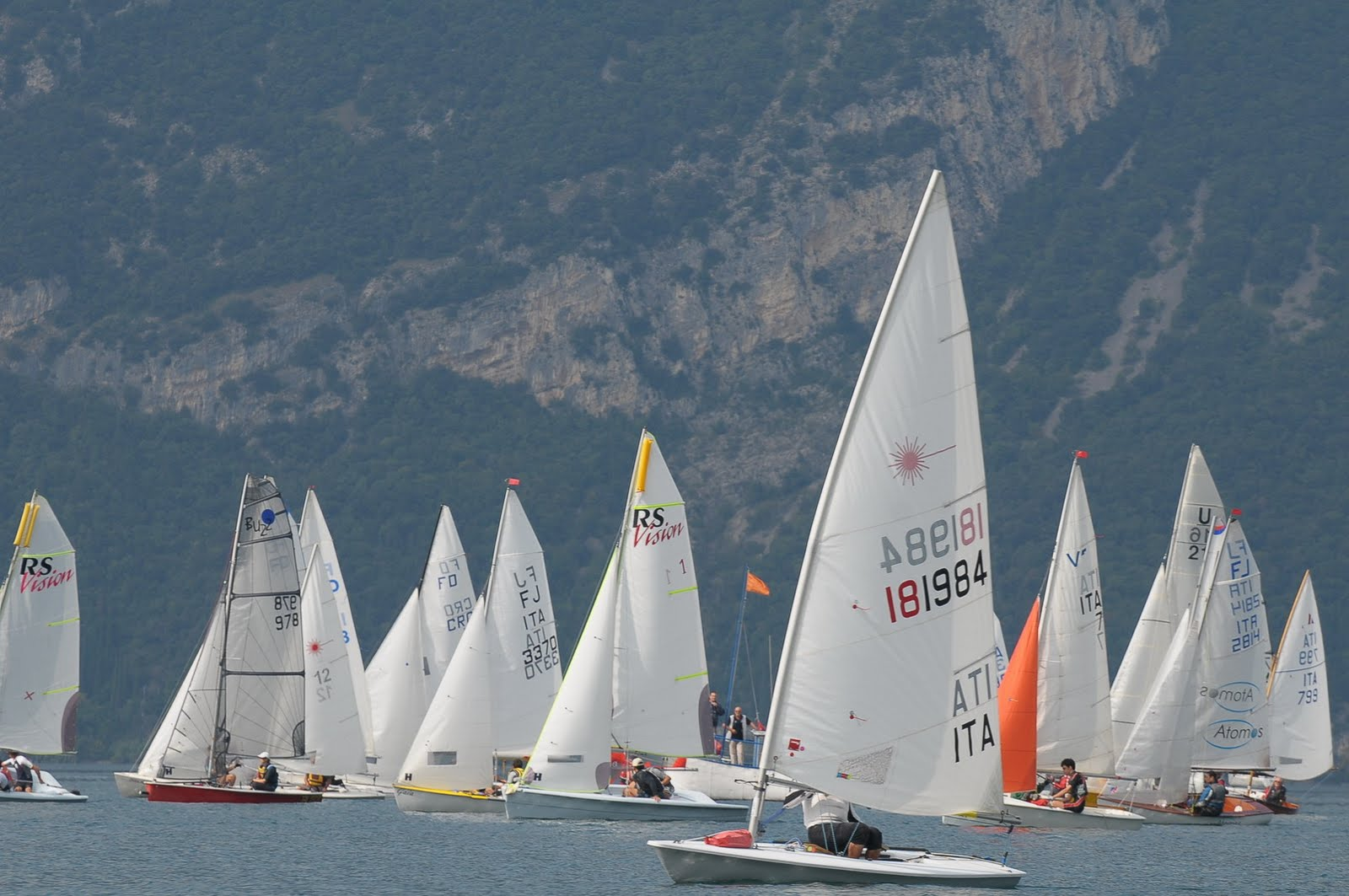 Circuito Modena : Navigamus blog a vela: vela long distance: umberto modena guida la
