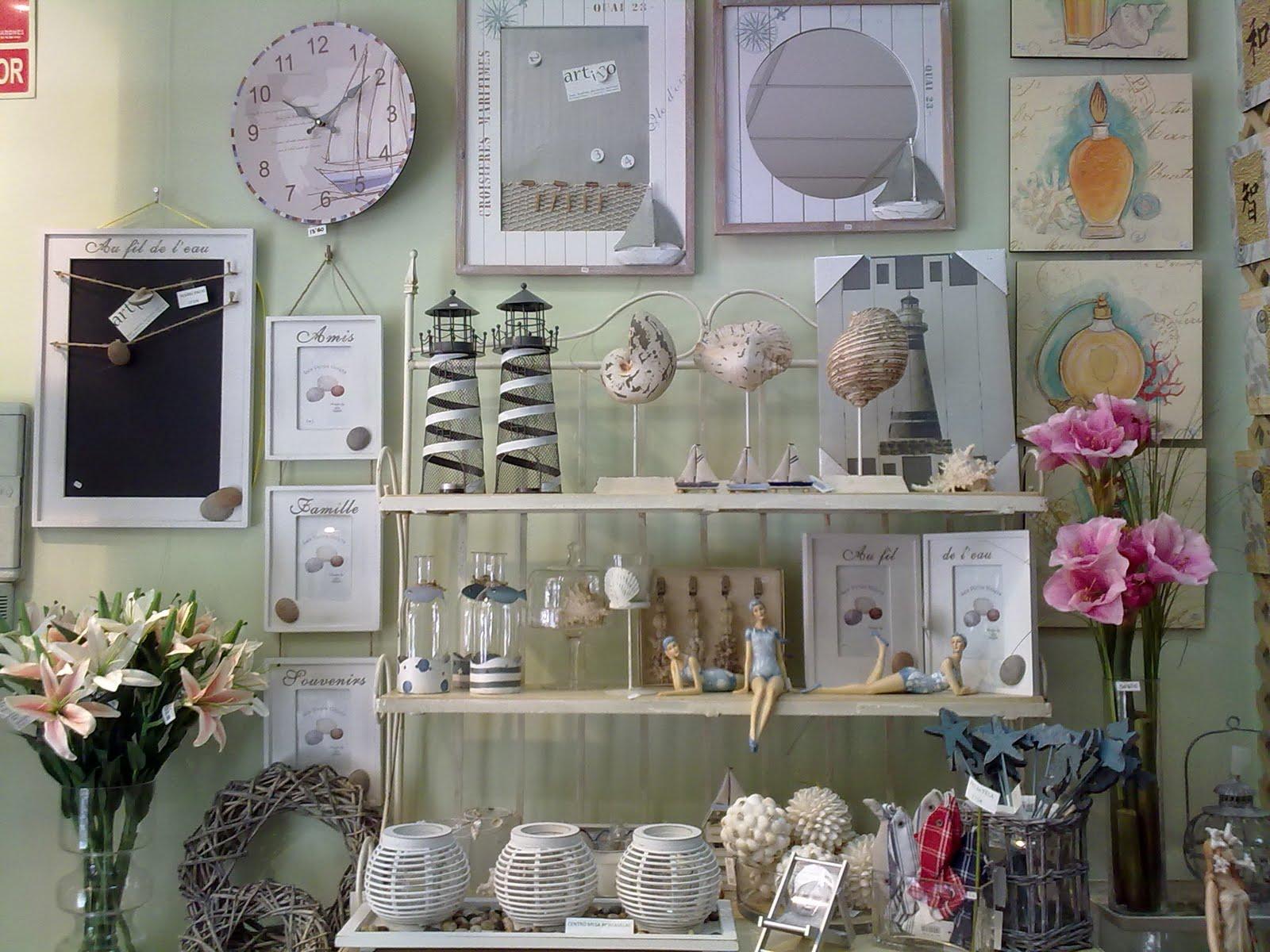Decoraci n artico ideas y consejos con flores y plantas artificiales deco marinera verano 2010 - Decoracion relojes de pared ...