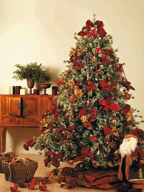 Decoraci n artico ideas y consejos con flores y plantas - Arboles de navidad artificiales decorados ...