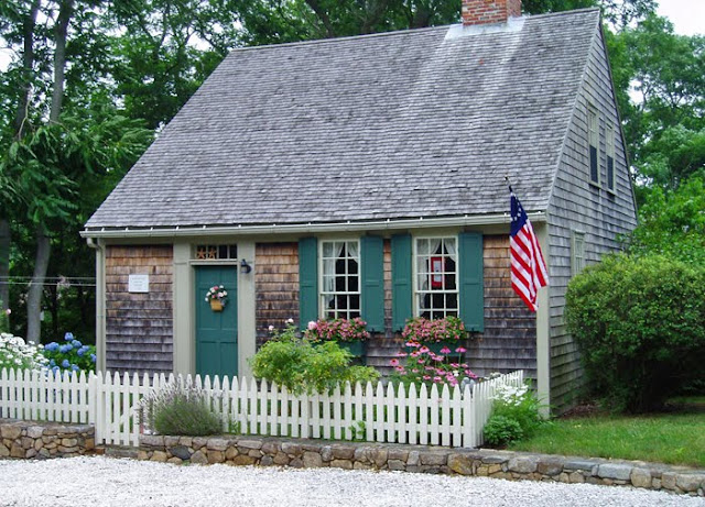 From woodbury august 2009 for Cape cod tiny house