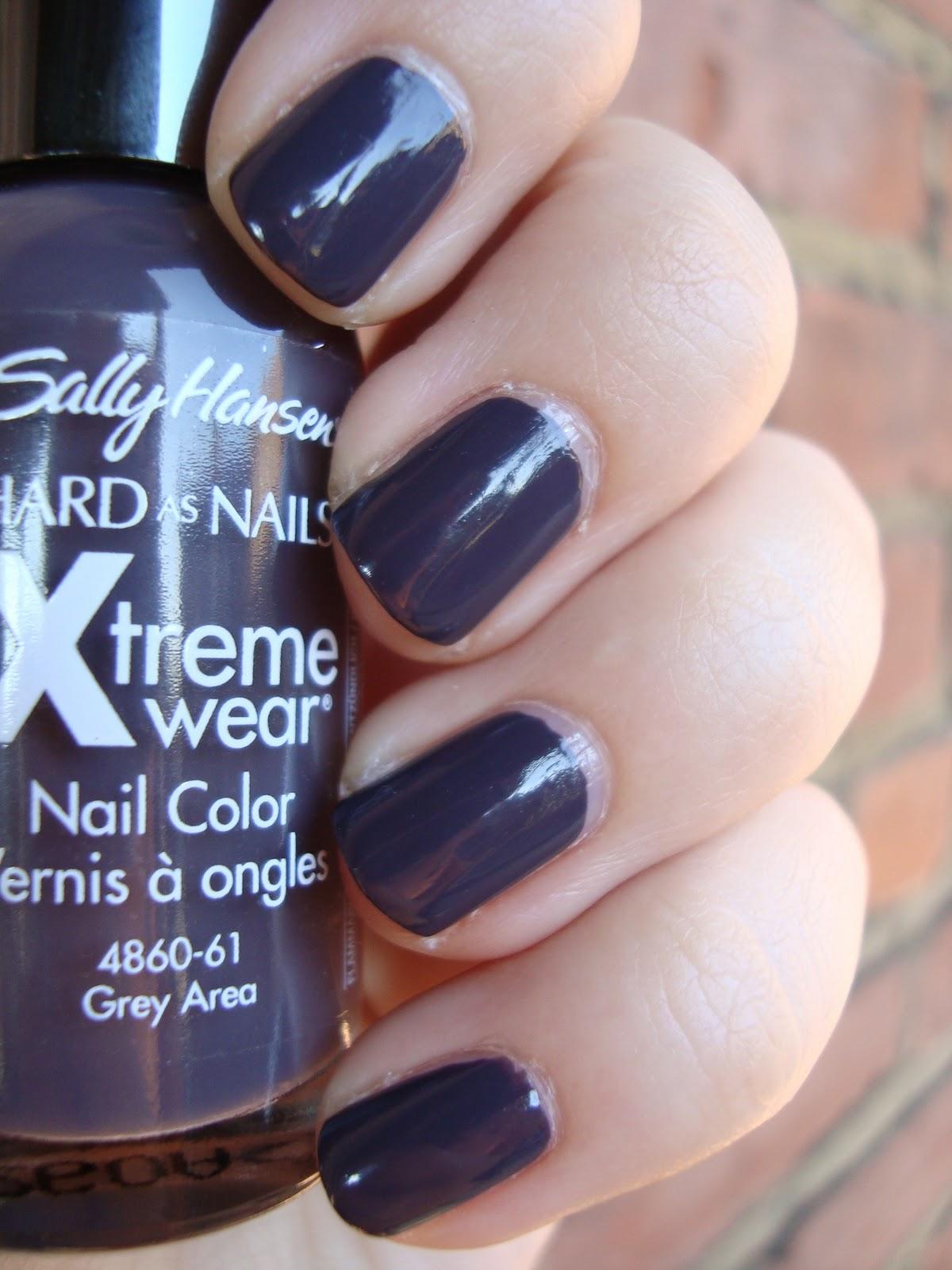 short 'n chic: sally hansen xtreme wear grey area