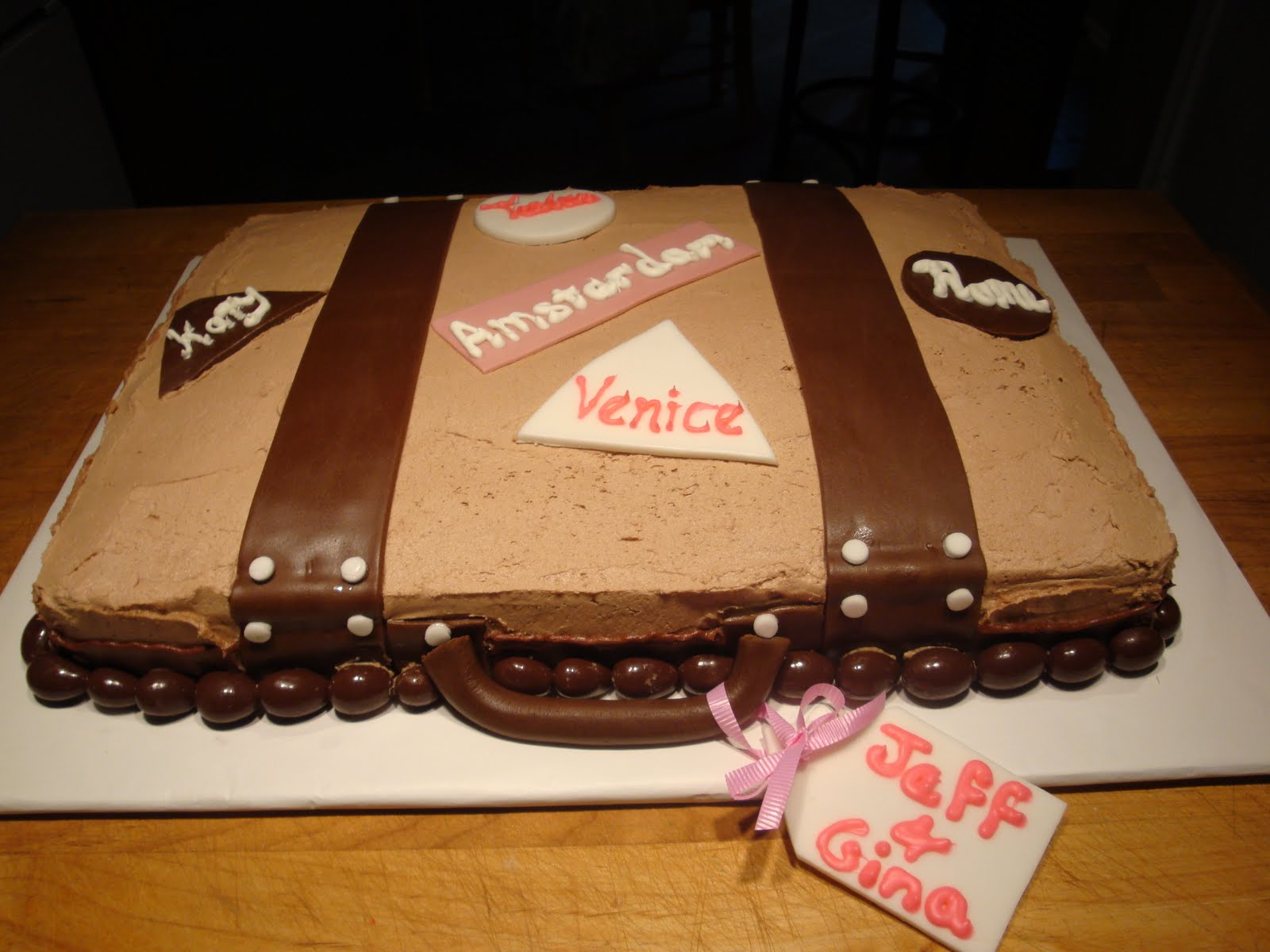 Sweet Thang s Confections Suitcase Cake
