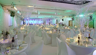 White Winter Wedding Decorations