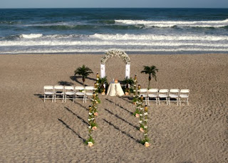 Top Beach Wedding Decorations 2011