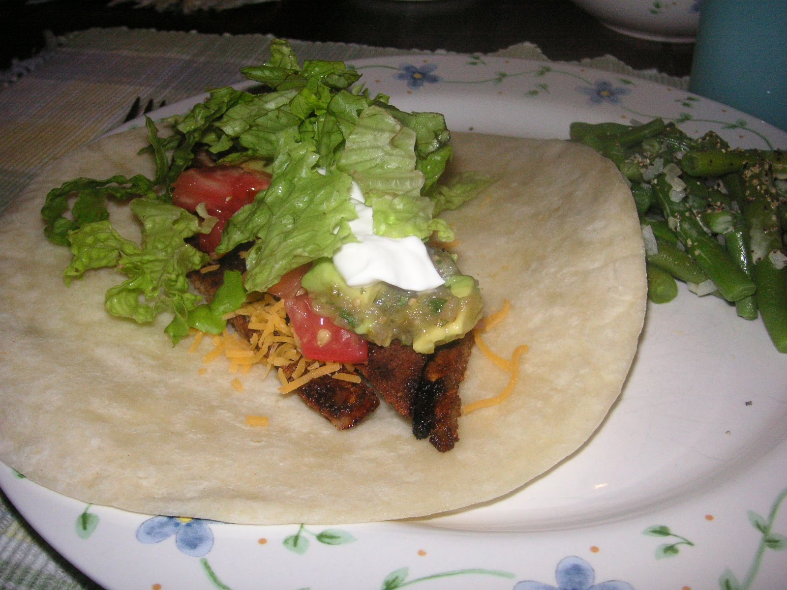 Addictive Allens: Chile-rubbed Steak Tacos/Tomatillo Avocado Salsa