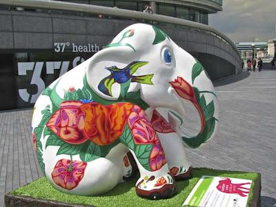 Elephant-Parade-in-London