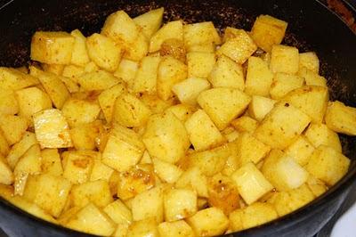 Картофель в специях