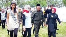 Mencari Muka sama Mensos Bachtiar Chamsa Ratu Atut Mendorong Airin Rachmi Diany Jadi Walikot Tangse