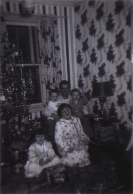 Tom & the Kids at Christmas