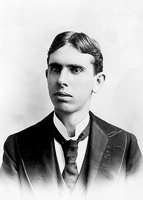 american novelist and journalist theodore dreiser Theodore herman albert dreiser (august 27, 1871 – december 28, 1945) was an american novelist and journalist he pioneered the naturalist school and is known for portraying characters whose.