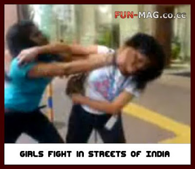 Girls Fight Over Streets of India : Video