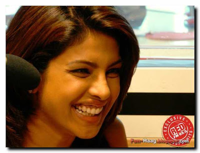 93 5 red fm hyderabad pratika photos. Priyanka Chopra @ 93.5 Red FM